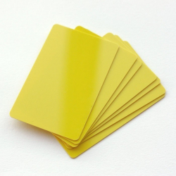 Carte PVC Jaune CTM-076-9 pour réaliser vos  badges - Cardalis